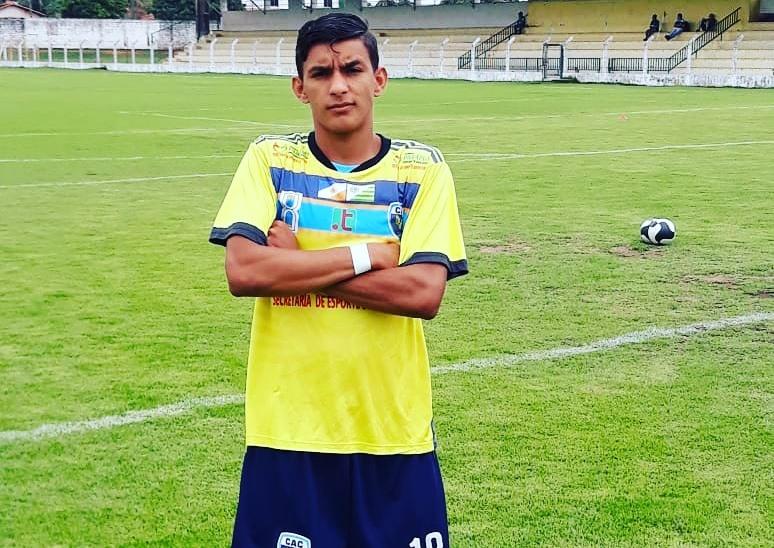 Revelação do Atlético Cerrado, Rubens Júnior viaja para Portugal para jogar no Canidelo