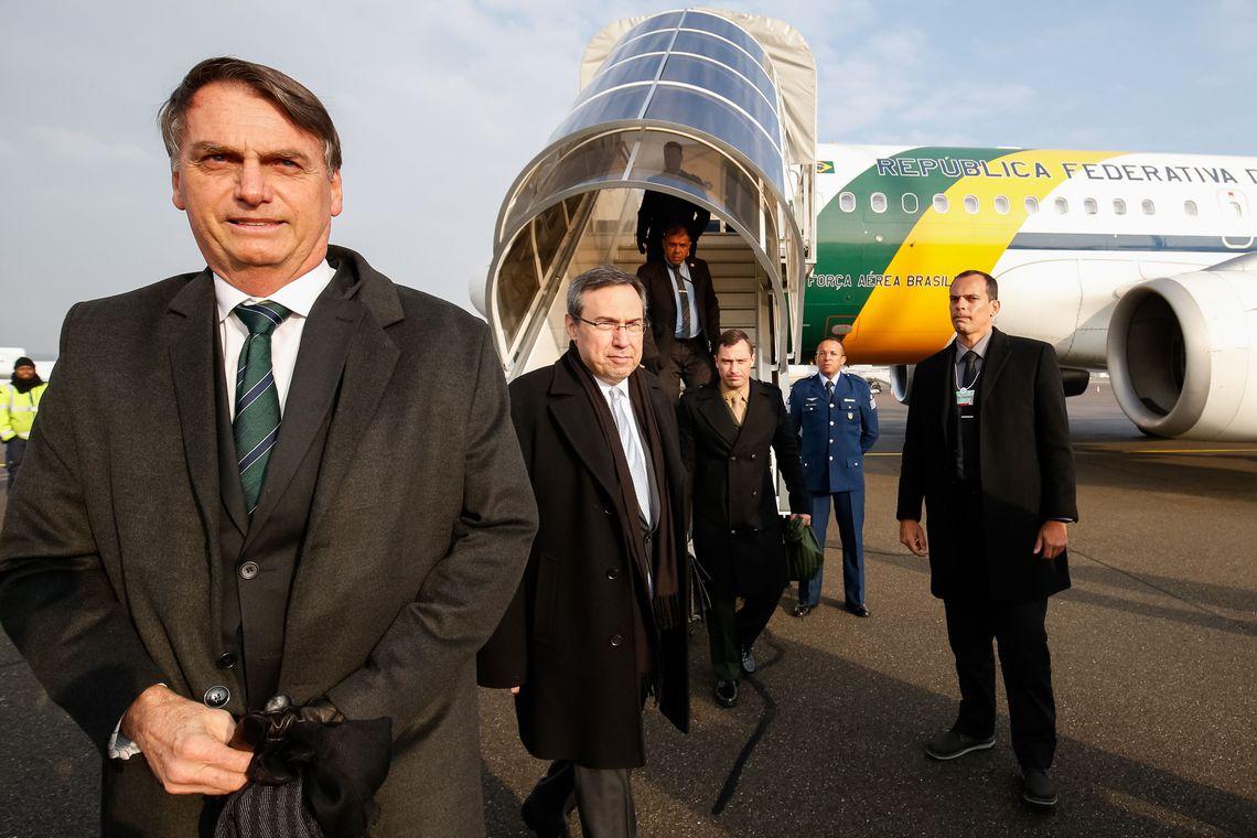 Após cirurgia, Bolsonaro vai trabalhar enquanto estiver no hospital