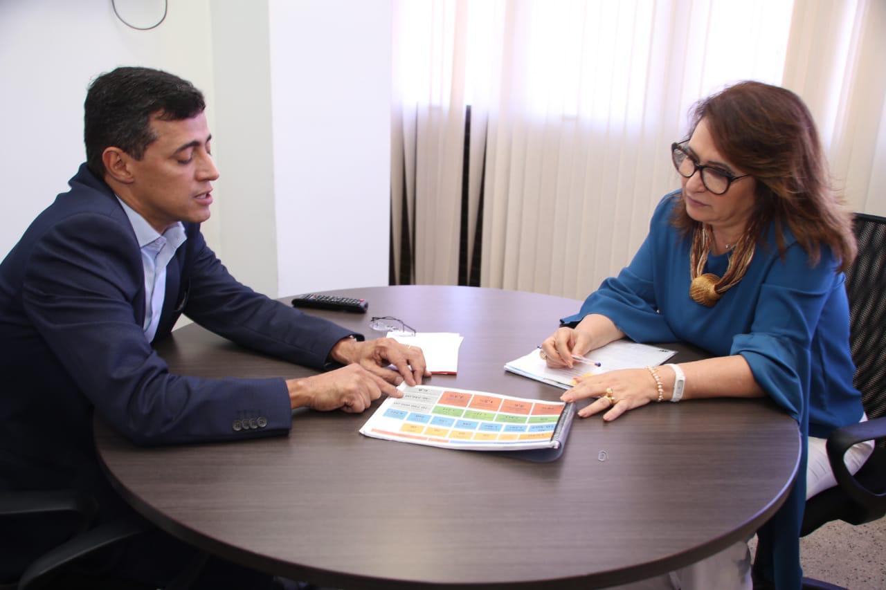 Kátia Abreu busca soluções para a saúde no Tocantins