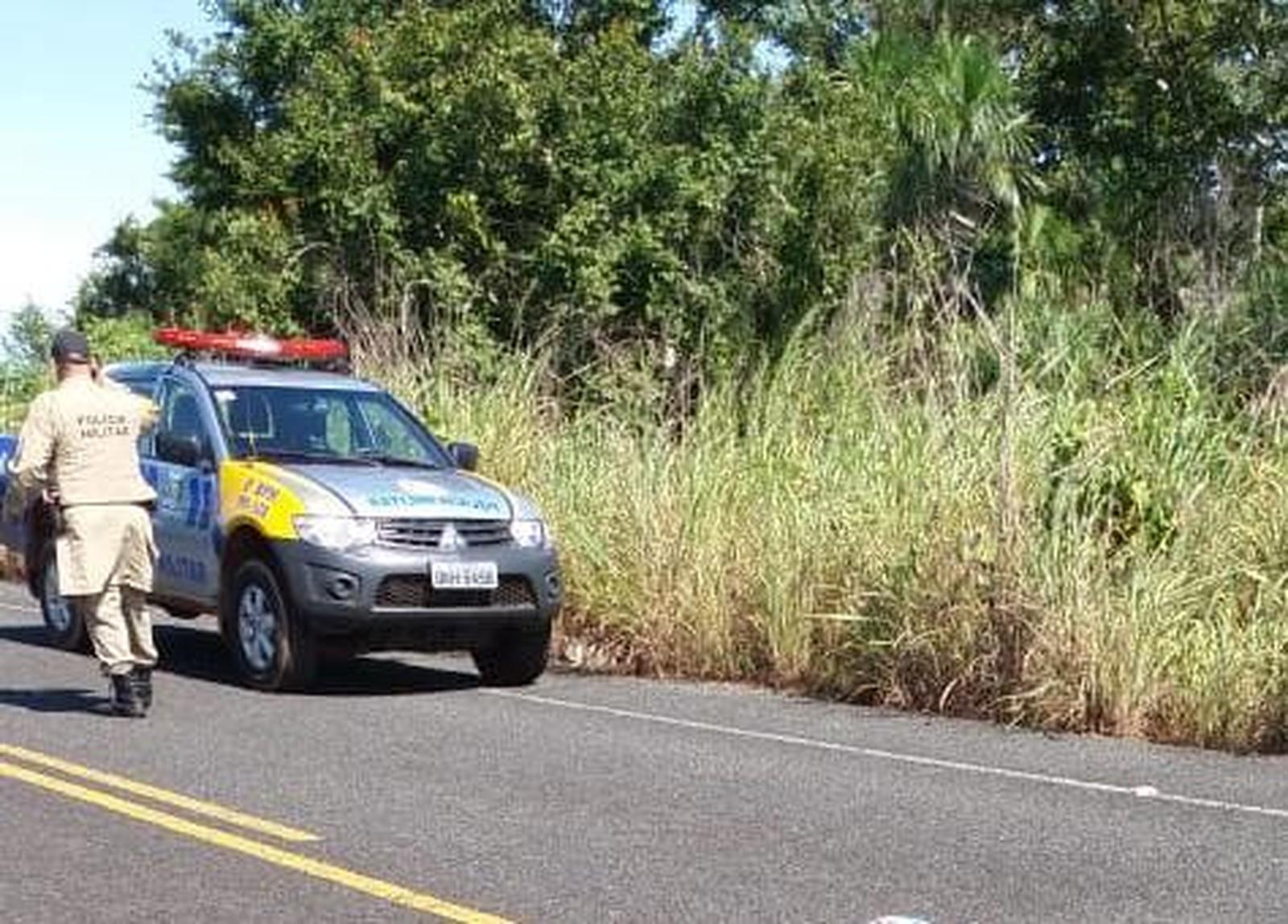 Homem cai de motocicleta e morre após atropelar porco-do-mato em rodovia