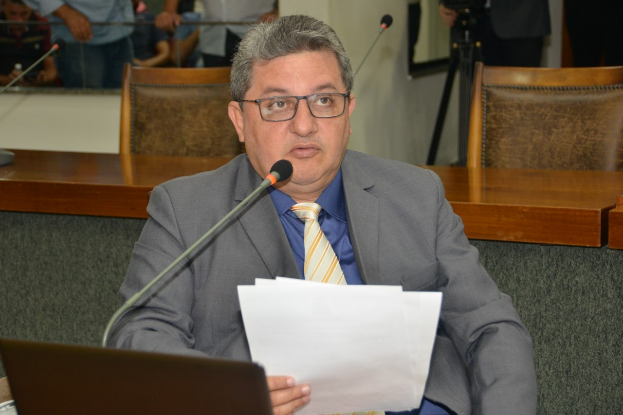 Deputado Jair Farias requere ao Governo asfalto de trechos das TO-403 e TO-201 no Bico do Papagaio