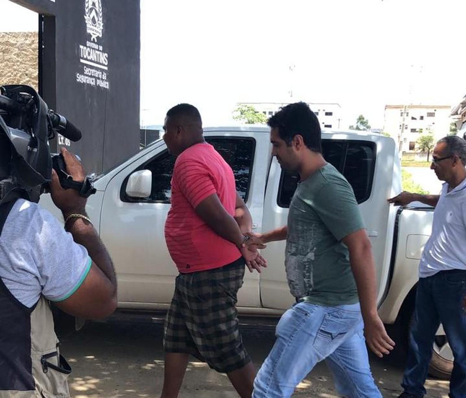 Suspeito de matar professor dentro de banheiro é preso em Palmas