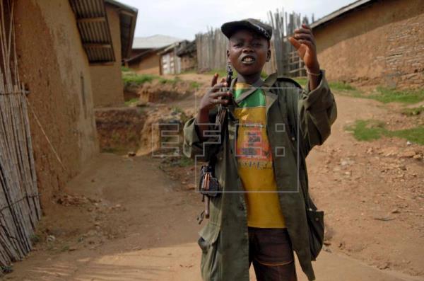 África ainda tem milhares de crianças-soldado, alerta ONG
