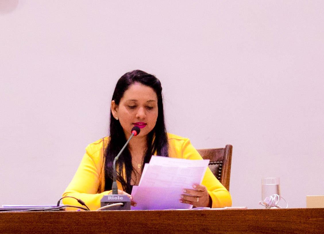 Vanda Monteiro (PSL) apresenta projeto de Lei que isenta taxas para 2° via de documentos e defende posse dos aprovados na Defesa Social
