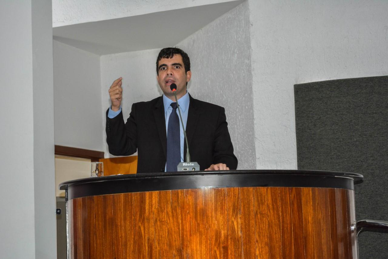 Relatado por Ayres, Projeto de Lei que permite ao Promotor de Justiça concorrer ao cargo de Procurador-Geral é aprovada