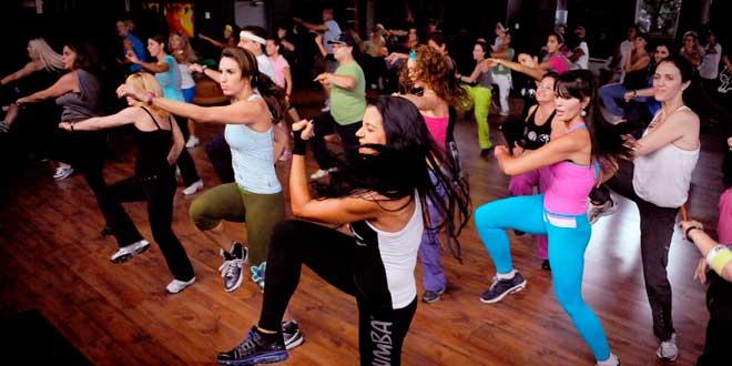 Academia Femine em Palmas apresenta coreografias que serão sucesso no carnaval durante aulão gratuito