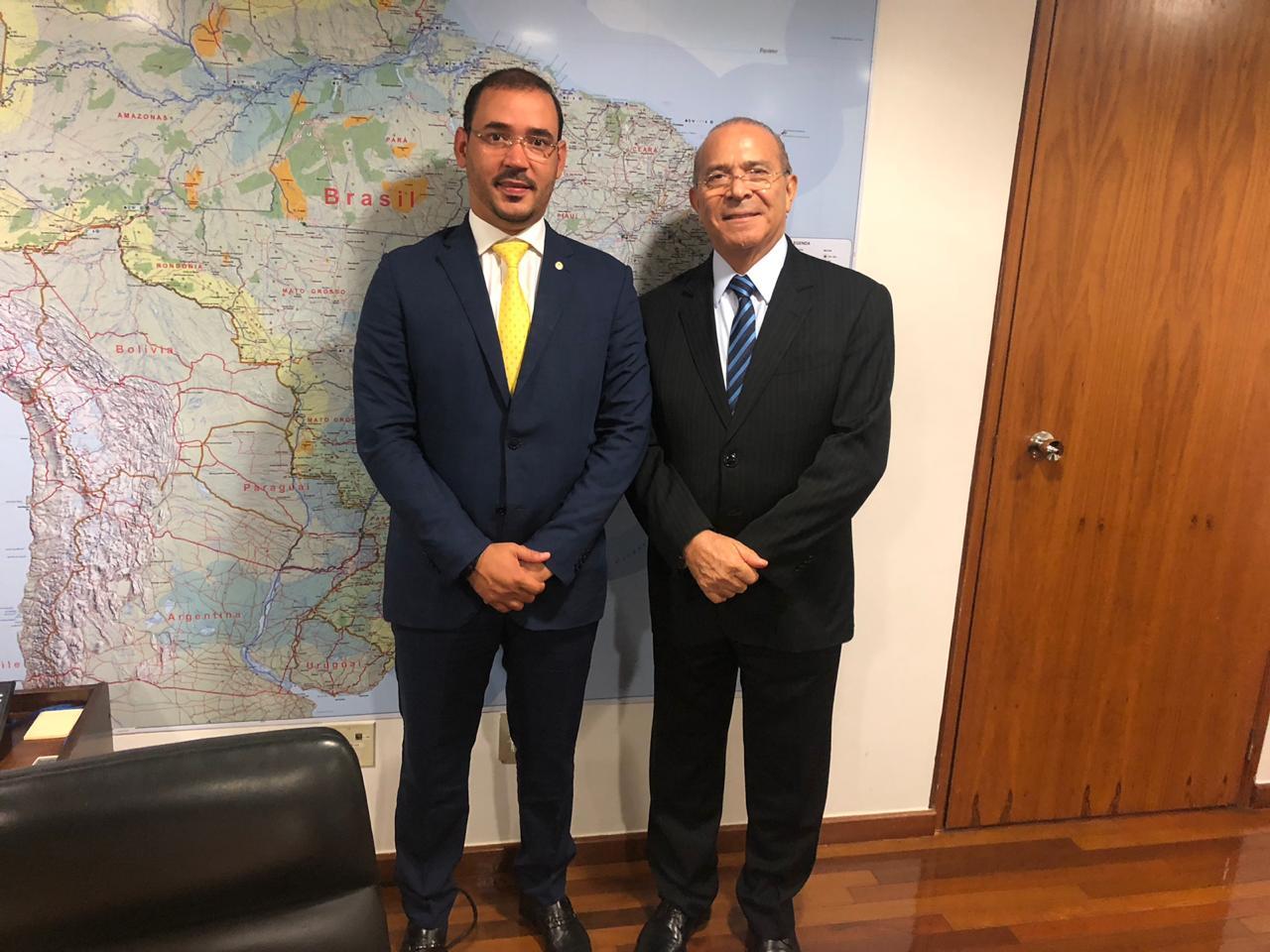 No Dia da Autonomia do Tocantins, deputado Vicentinho Júnior relembra liberação de recursos para a Capital