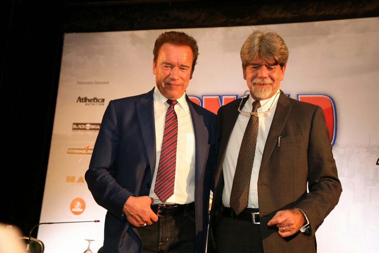 Sócio brasileiro de Schwarzenegger domina feiras temáticas e investe no mercado de óculos em SP