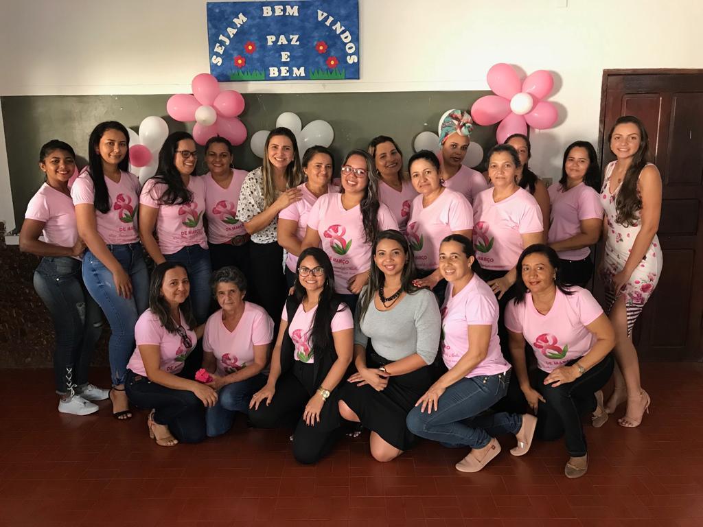 Mulheres são homenageadas pelas secretarias municipais de Saúde e Assistência Social de Barrolândia
