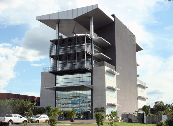 Justiça envia nomes de foragidos na Operação Flak para lista da Interpol