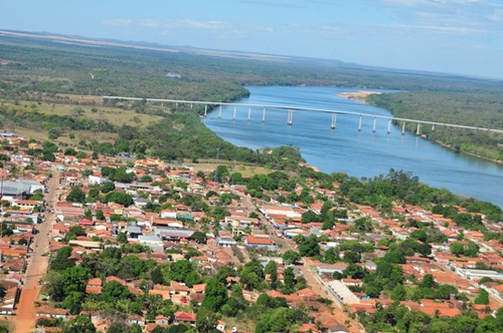 Prefeitura de Pedro Afonso proíbe entrada de veículos com barcos, lanchas ou moto aquáticas