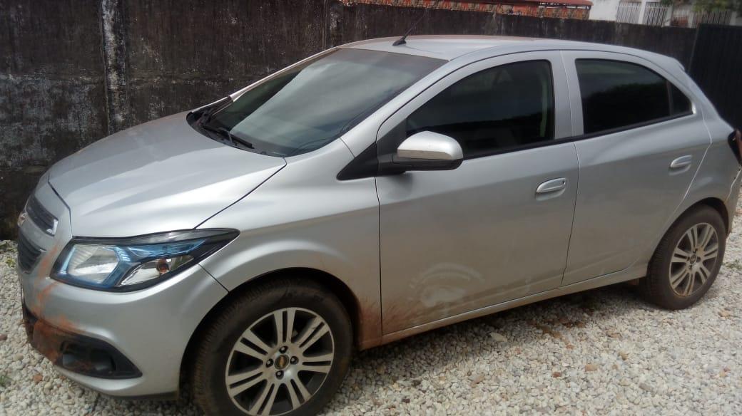 Após fugirem de presídio, ladrões roubam carro em Marabá (PA), mas acabam presos pela PM do 9º Batalhão de Araguatins (TO); o veículo foi recuperado