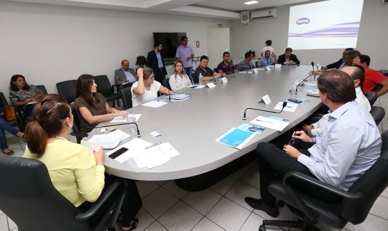 Kátia Abreu reúne prefeitos do Bico com a presidente da BRK para tratar da expansão e qualidade da água
