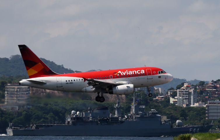 Passageiros de voos cancelados têm direito à realocação ou reembolso