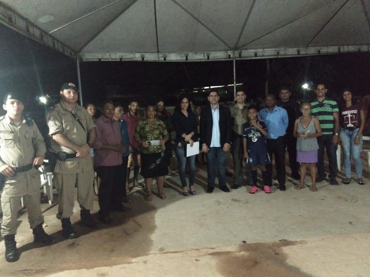 Núcleo de Polícia Comunitária participa de reunião para debater questões de segurança em comunidade da Capital