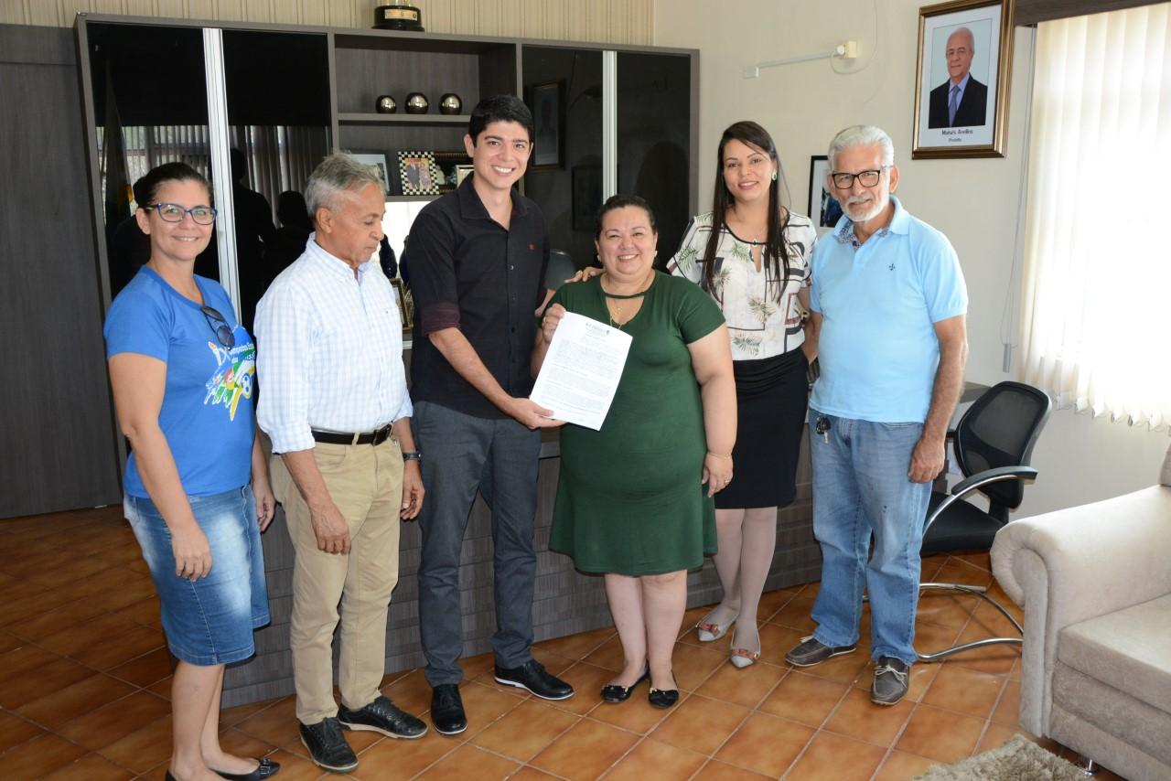 Prefeitura de Paraíso celebra convênio com APAE para atendimento especial para pessoas com deficiência