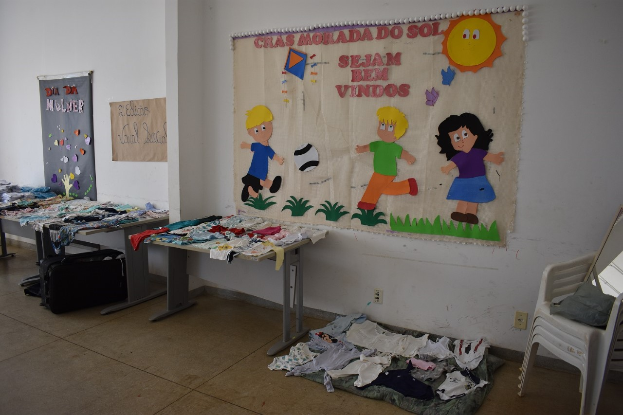 Primeiro Varal Social do Cras Morada do Sol recebe mais mil itens em doações e beneficia comunidade local