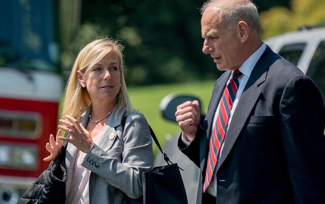 Trump anuncia substituição da secretária de Segurança Nacional