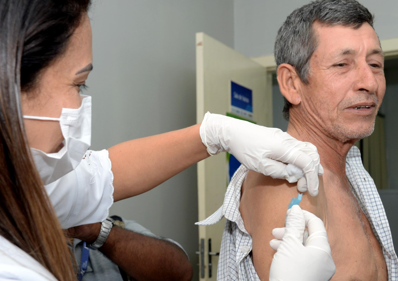Influenza: Com horário estendido para vacinação unidade da Capital aumenta o número de pessoas imunizadas