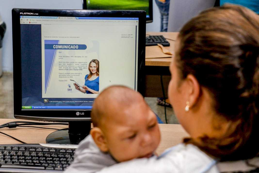 Universidade disponibiliza 30 bolsas para mães de crianças com doenças raras