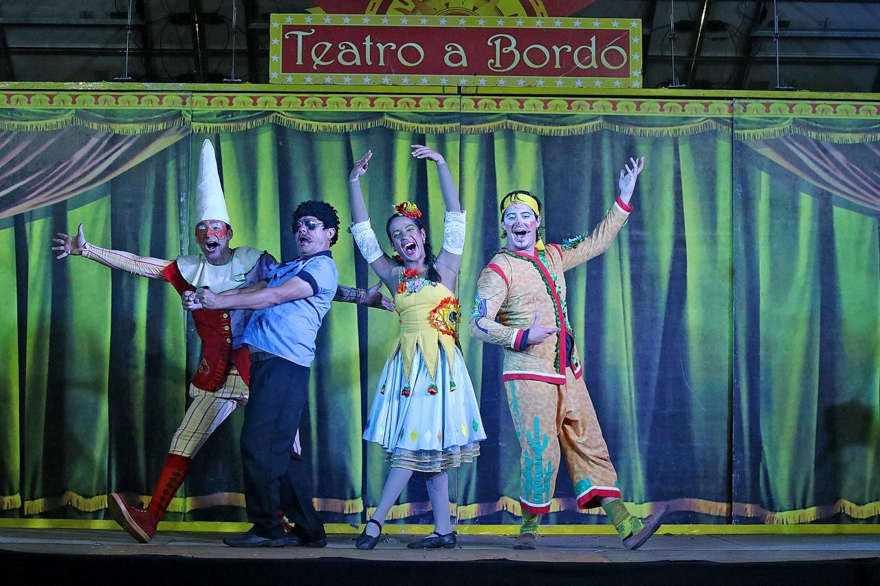 Teatro a Bordo, primeiro teatro móvel solar do país, chega em Santa Isabel (SP)