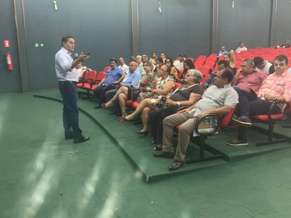 Prefeito de Lagoa da Confusão participa de evento sobre o sistema de previdência dos municípios