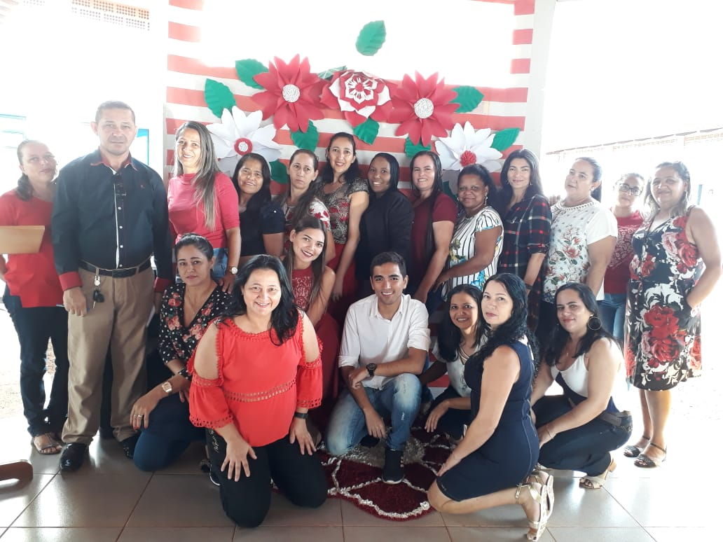 Escolas municipais de Monte Santo comemoram o Dia das Mães