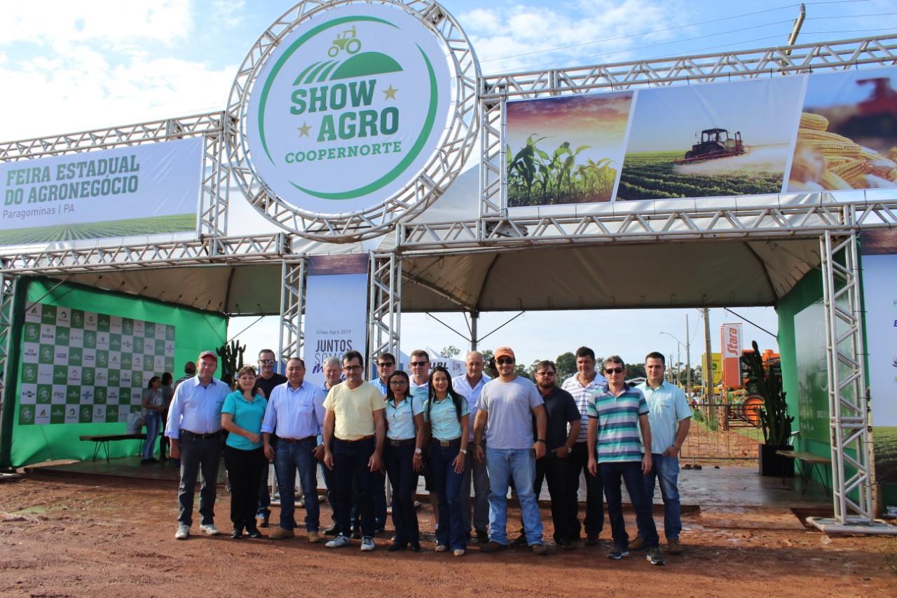 No Pará, associados e colaboradores da Coapa participam de feira referência na região norte