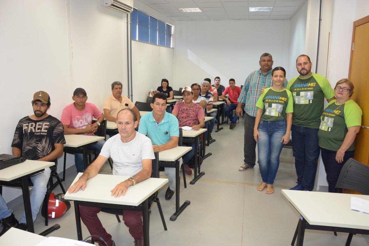Prefeitura de Paraíso leva Sala do Empreendedor para Semana do MEI