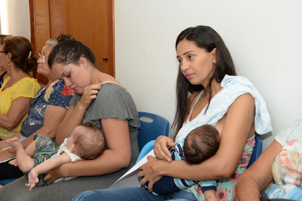 CSC Loaine Moreno realiza semana especial para mamães e bebês com foco na promoção à saúde