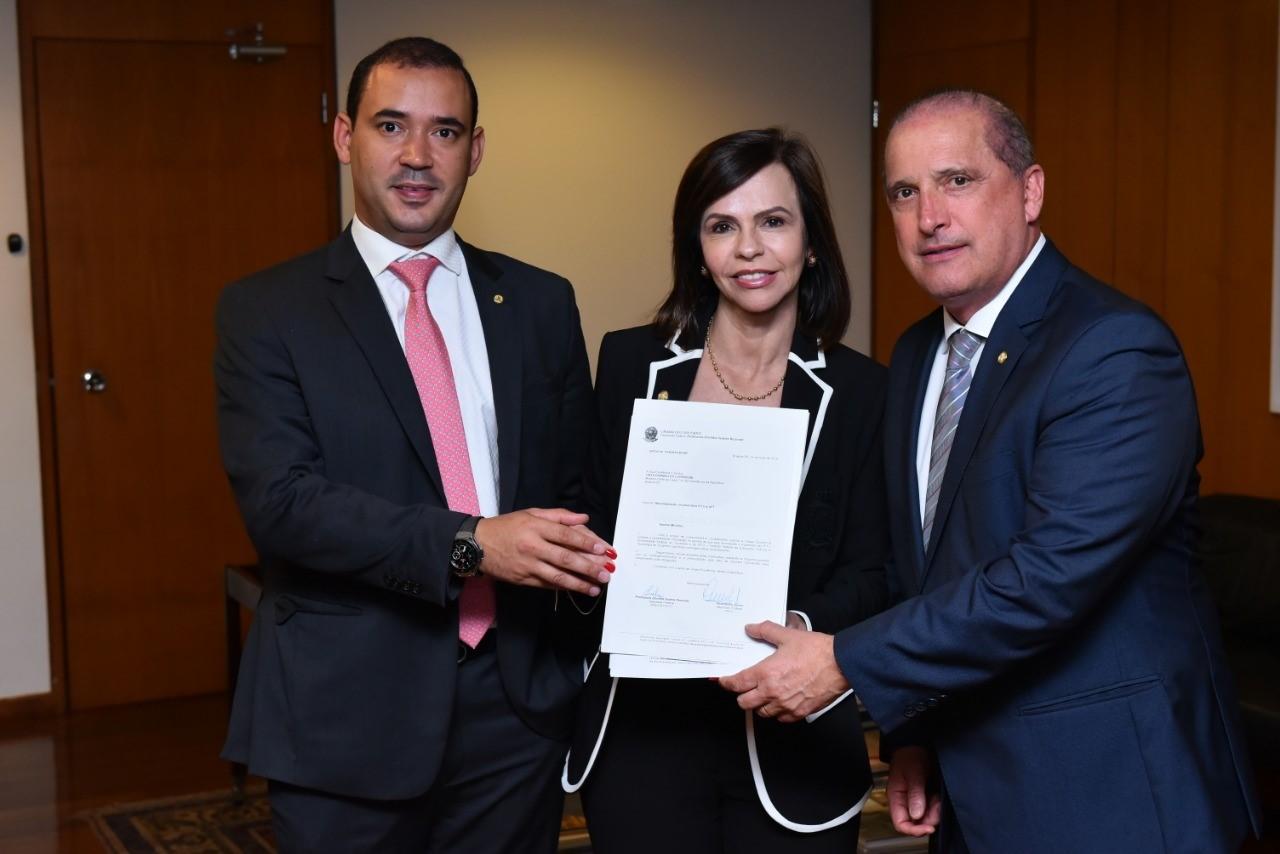 Deputados Federais Vicentinho Júnior e professora Dorinha solicitam ao Ministro Onix Lorenzoni audiência com o Ministro da Educação