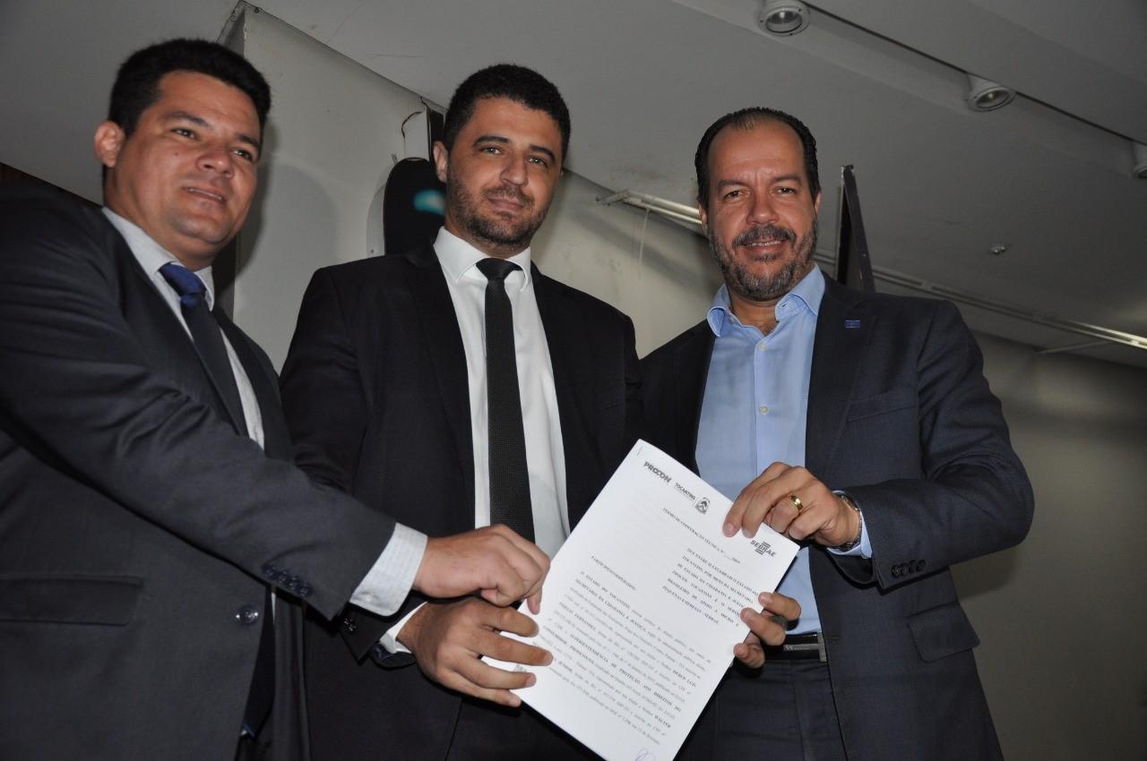 Procon e Sebrae assinam termo de cooperação com objetivo de melhorar relações de consumo