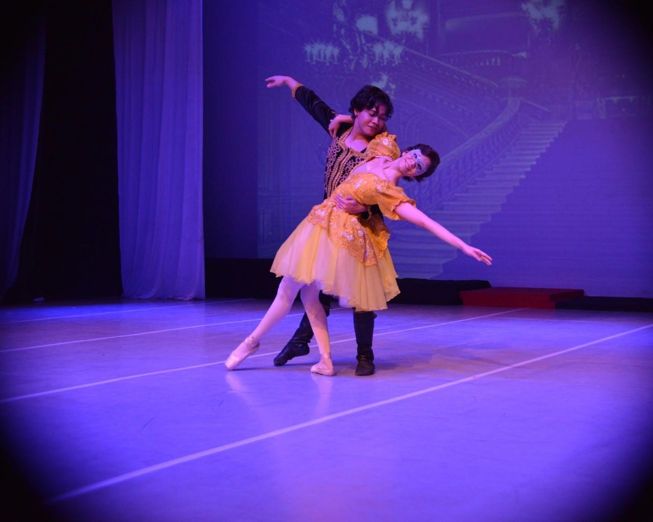 Espetáculo de balé Cinderela retorna ao Theatro Fernanda Montenegro nos dias 30 e 31 de maio e 1° de junho