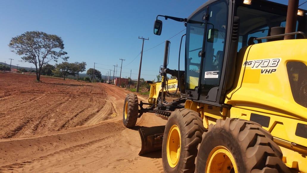 Prefeito de Monte Santo lança obras de pavimentação no distrito de Campina Verde