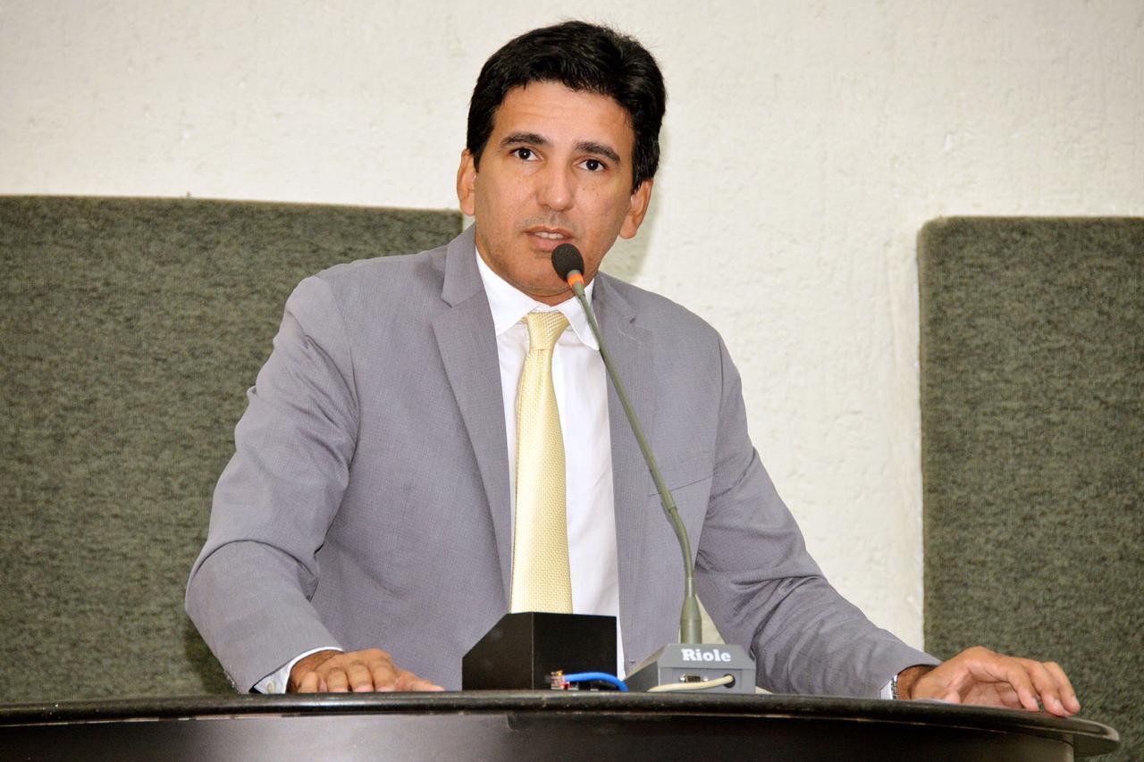 Prof. Júnior Geo solicita nomeação dos aprovados no concurso da Defesa Social e pede apoio dos demais deputados na cobrança