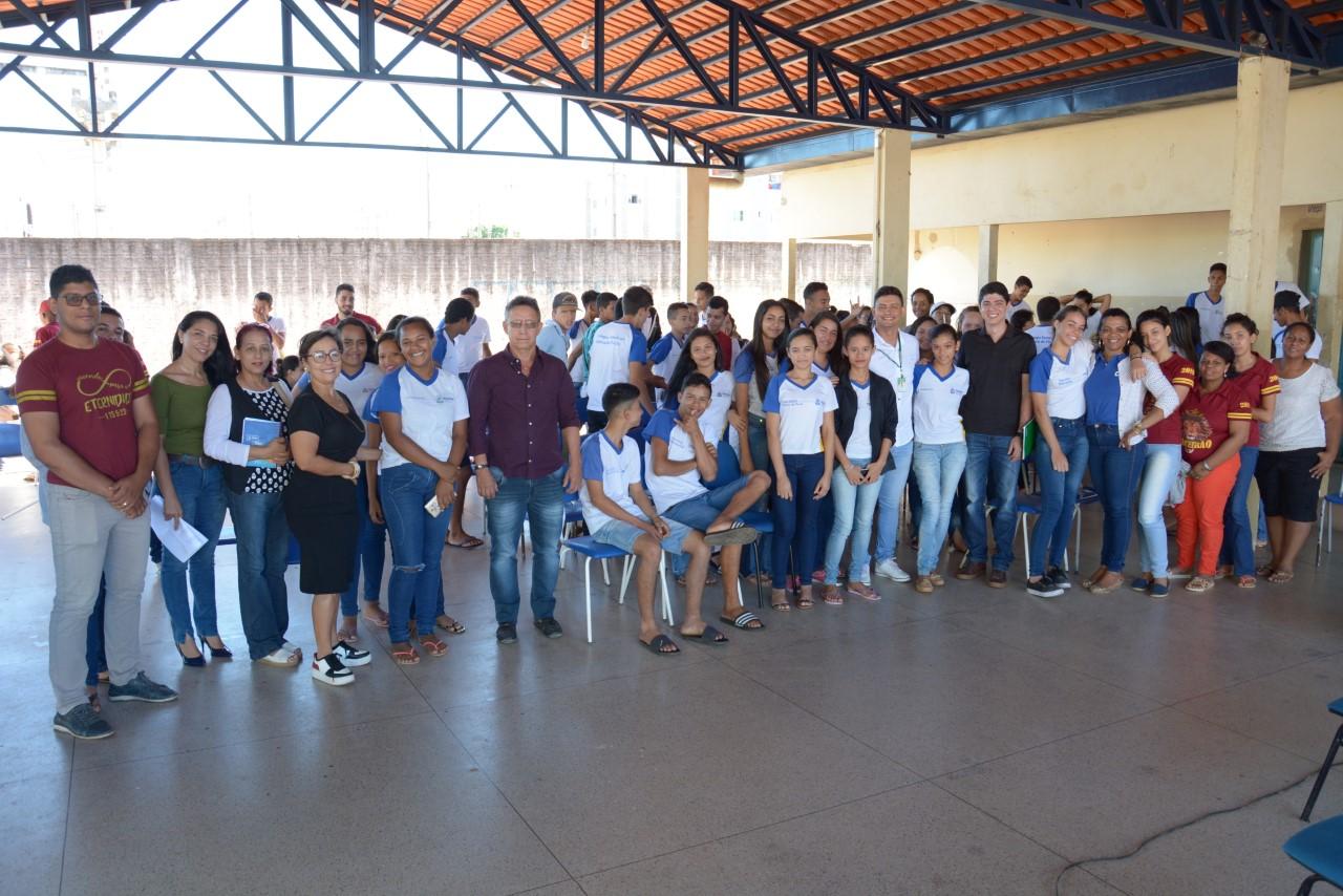 Celso Morais participa de roda de conversa com estudantes do Ensino Médio