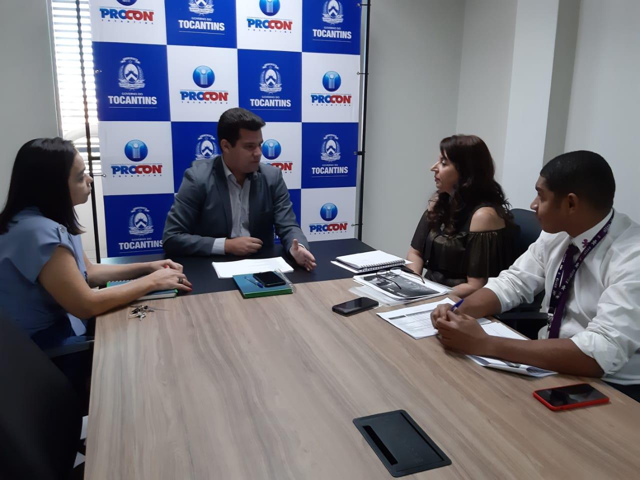 Procon e operadora Vivo discutem melhorias no serviços de telefonia no Tocantins