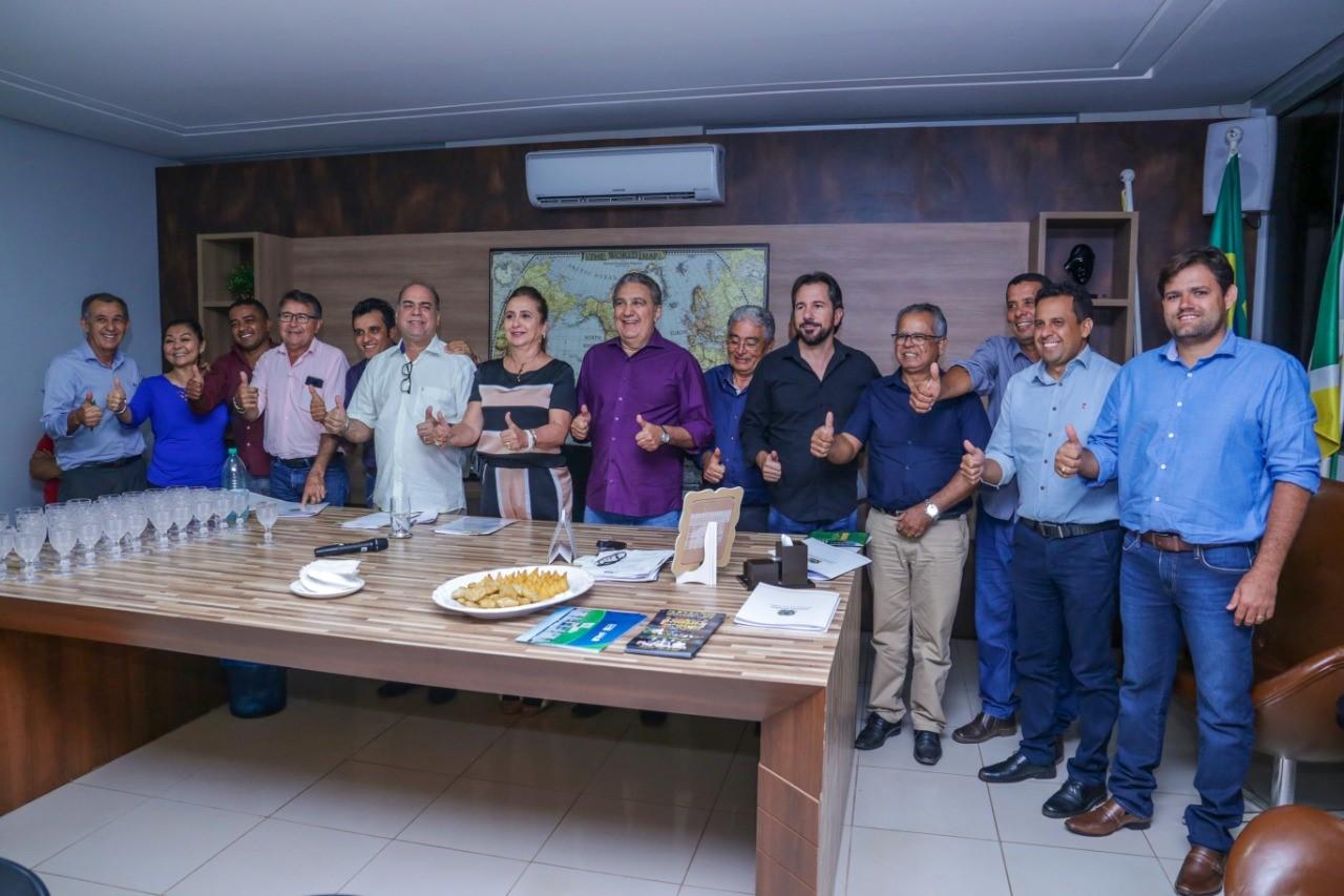 Consórcio de infraestrutura apresentado aos prefeitos do Sul do Tocantins pela Senadora Katia Abreu tem Gurupi como referência