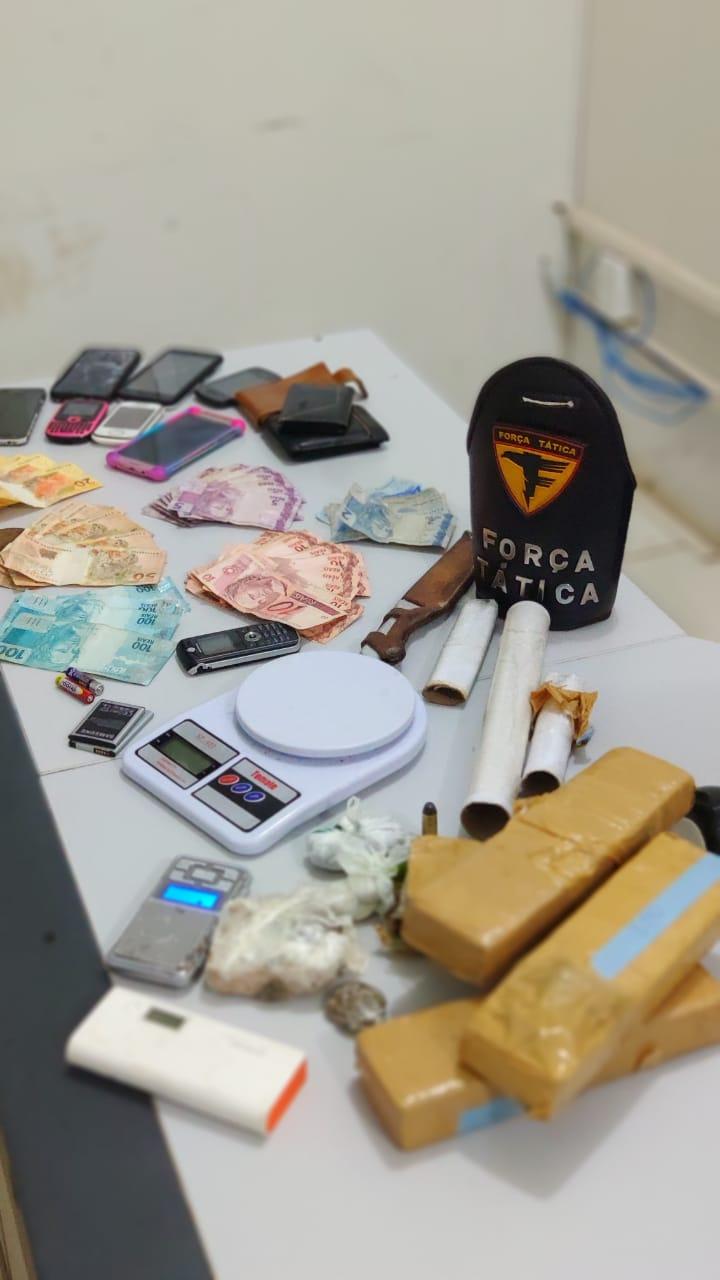 Polícia Militar prende dois homens por tráfico de drogas e recupera 9 celulares em Palmas