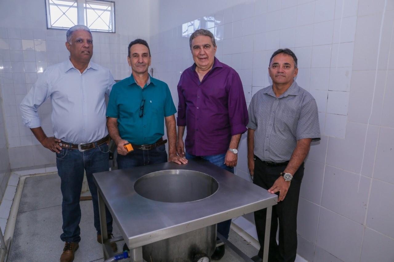 Abatedouro de aves é inaugurado no Parque Agroindustrial de Gurupi (PAIG)