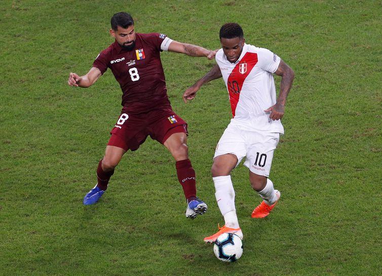 Colômbia vence Argentina por 2 x 0 na estreia na Copa América