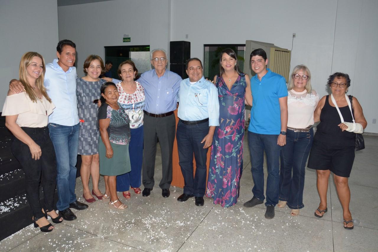 Com presença do deputado Nilton Franco, Moisés Avelino e Celso Morais entregam CCI