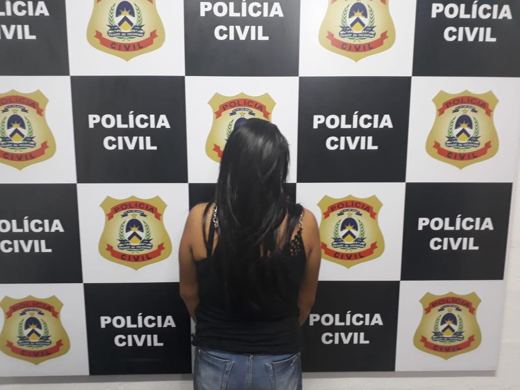 Durante reprodução simulada de outro crime, Polícia Civil prende em Divinópolis mulher foragida da Justiça