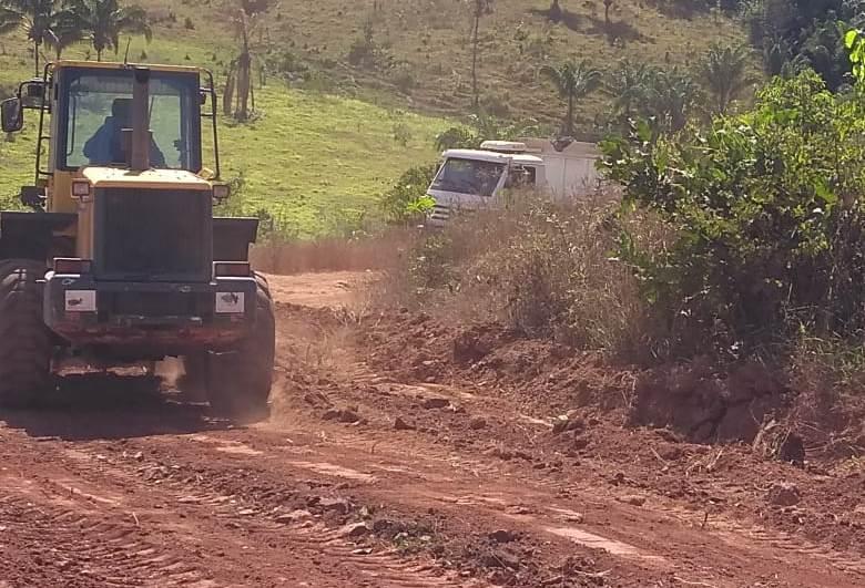 Prefeitura de Palmas concluirá recuperação das estradas vicinais do Vale do Piabanha na próxima semana