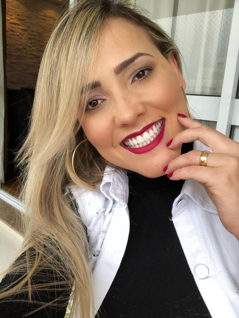 Natiele Lima volta à ativa depois de ficar longe das redes sociais por 30 dias e se prepara para mudança ao exterior