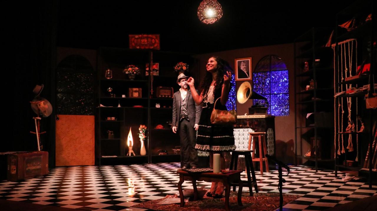 Espetáculo Teatral `O Antiquário Frankl´ permanece em cartaz até domingo 14
