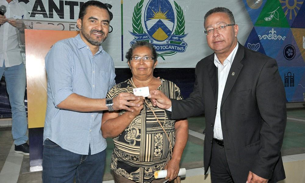 Governador em exercício Wanderlei Barbosa apresenta ações de turismo e cultura à artesãos de Taquaruçu