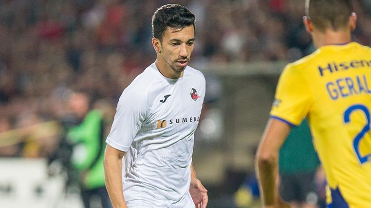Com estreia marcante, Renan Oliveira comemora classificação do FK Suduva para a quarta fase da Europa League