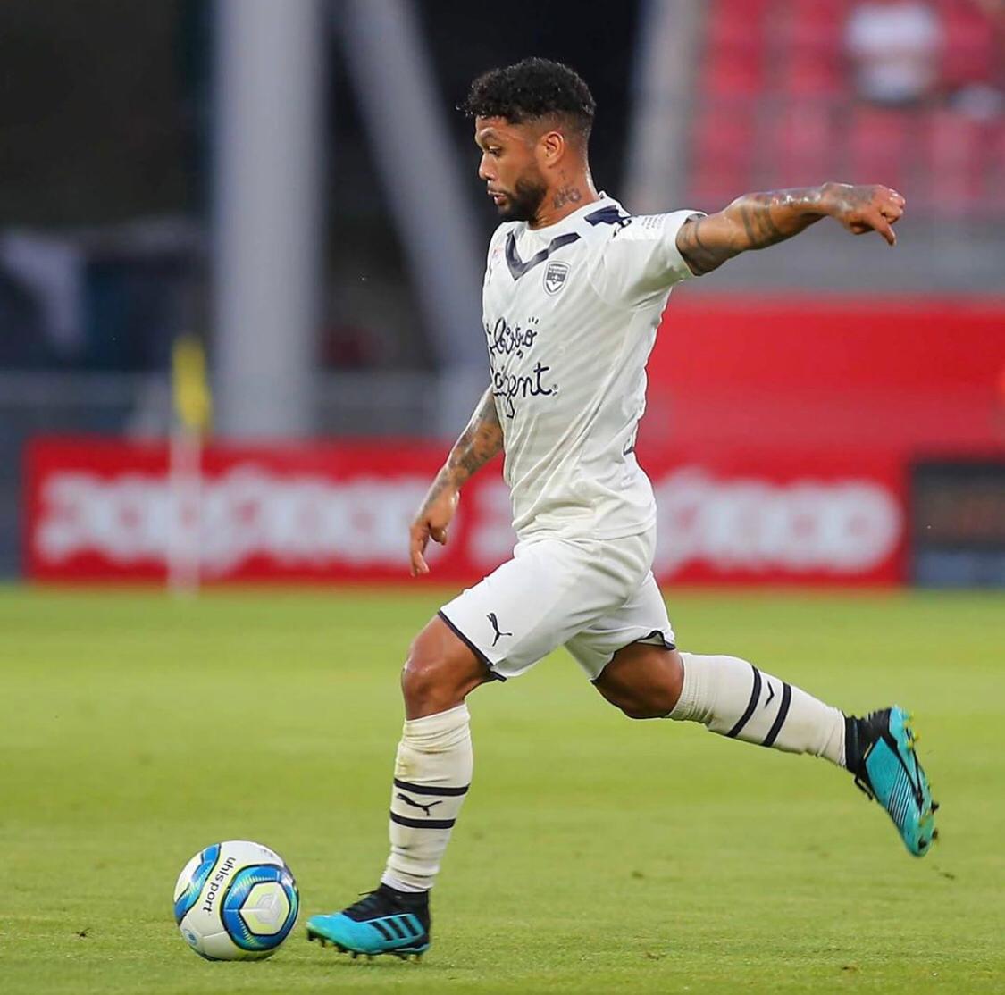 Gols, zona de classificação para Champions League e jogador de linha com mais minutos em campo, Otávio vive grande fase no Bordeaux