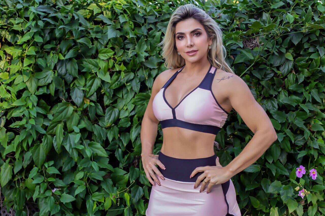 """Musa fitness, Paula Spínola fala de boa forma aos 40 anos: """"Já fiz muitas dietas malucas"""""""